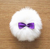 Beauty Assistant long plush puff, with golden powder -