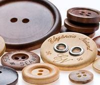Natural Buttons -