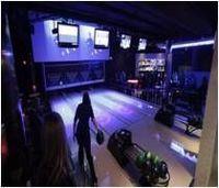 Bowling Cafe -
