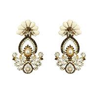 Crystal earring -