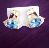 Brincos em Ouro 18k 750, topázio azul e diamantes -