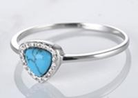 925纯银戒指,镶嵌蓝色三角形绿松石 -